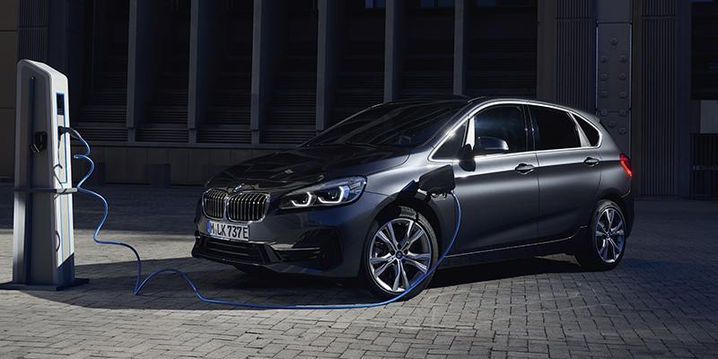 BMW 225xe Active Tourer plug-in hybridi