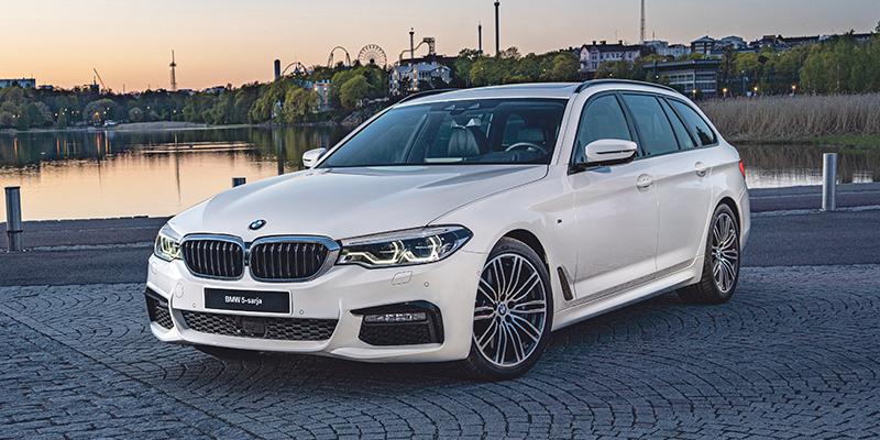 Nyt saatavilla erä BMW 3- ja 5-sarjan autoja valmiina ajoon.