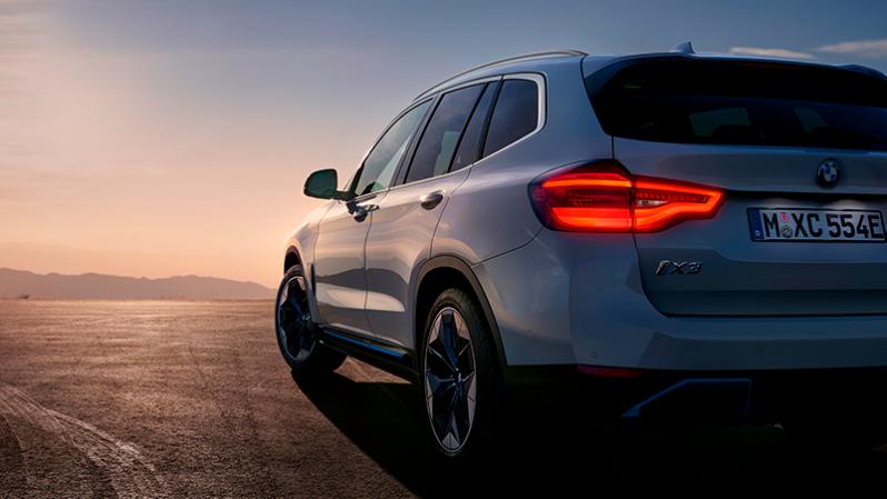 BMW Huolenpitosopimus sähköautoille