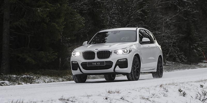 BMW X3 PHEV (30e) -METALLIVÄRI VELOITUKSETTA & TALVIRENKAAT ASIAKASHINTAAN 499eur