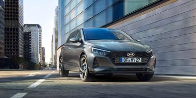 Hyundai i20:n moottorimallistossa on nyt ensimmäistä kertaa tarjolla 48 V -kevythybridijärjestelmä, joka vähentää 3‒4 % auton polttoaineenkulutusta ja CO2-päästöjä.