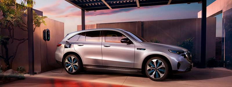 Lataaminen Mercedes-Benzillä: innovatiivista, helppoa ja luotettavaa.