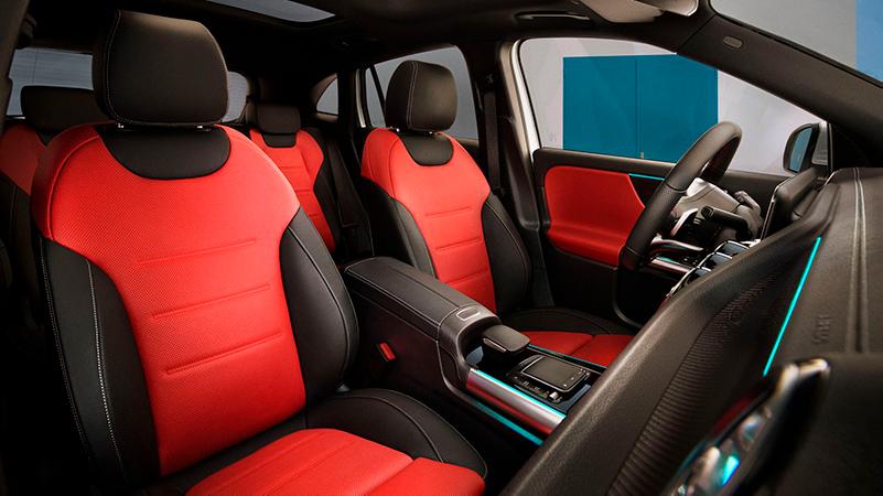 Uusi Mercedes-Benz GLA on varustettu kaikilla varusteilla, jotka tekevät matkustamisesta vielä mukavampaa.