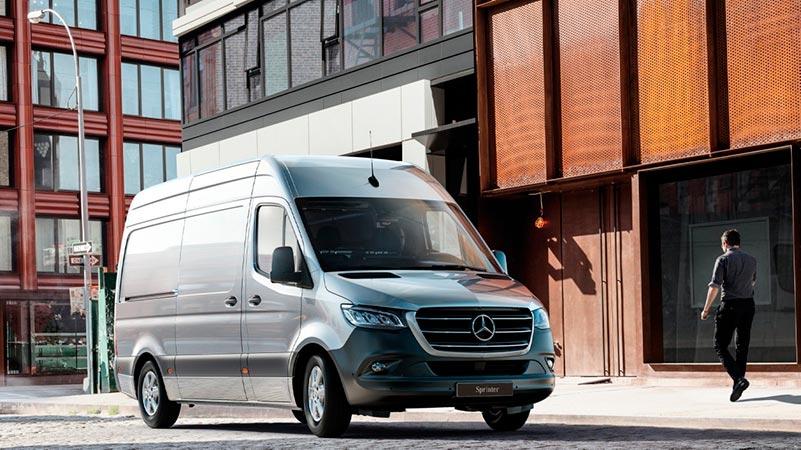 Mercedes-Benz Sprinter 25v pakettiauto