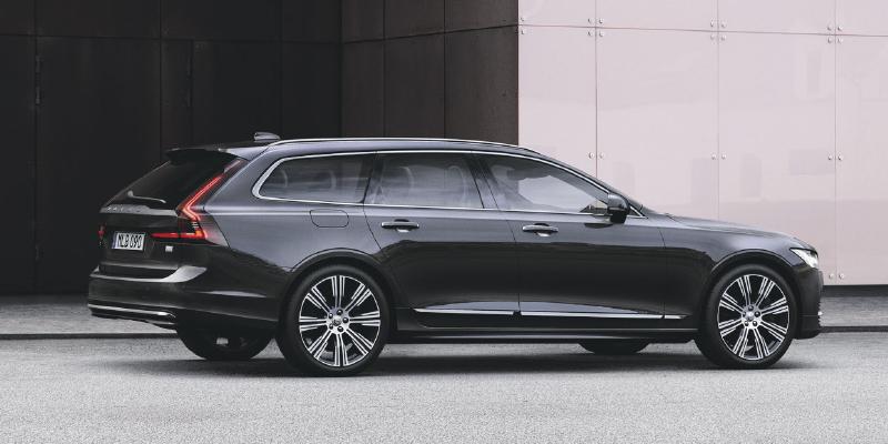 Uudistuneet Volvo V90 ja S90 - ylellisyys vakiona
